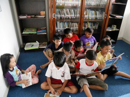 Perpustakaan Kelurahan Marunda Dikunjungi 1.000 Warga Perbulan