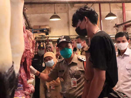 Plh Wali Kota Jakpus Monitoring Pasokan Daging Menjelang Imlek