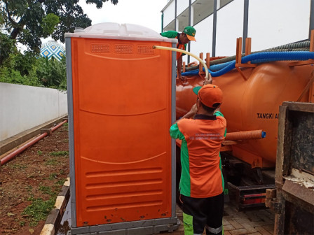 LH Department Provides 25 Portable Toilets in The Shelters