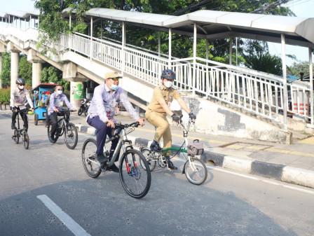 Wali Kota Jakut Peringati Hari Bersepeda Sedunia dengan Gowes Bersama Jajaran Pemkot Jakut