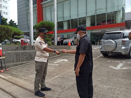 Kelurahan Cilandak Timur Monitoring Penerapan Prokes di Perkantoran