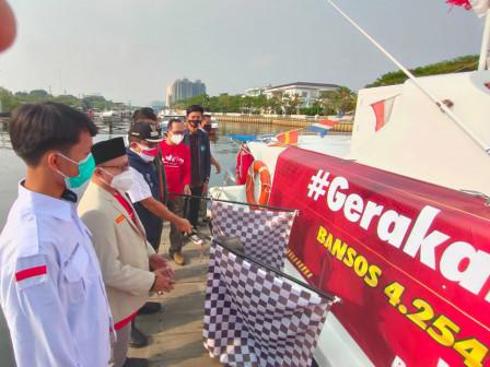 Bupati Berangkatkan Bantuan Paket Sembako Bagi Warga Terdampak Pandemi di Kepulauan Seribu