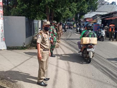 11 People Netted for Not Wearing Masks in Kelapa Dua