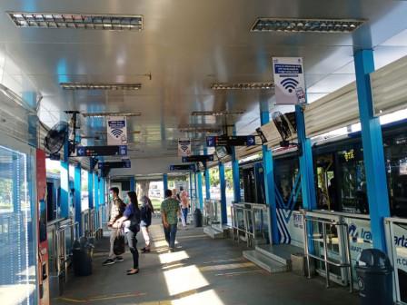 Nanti Malam, Jam Operasional Transjakarta Normal