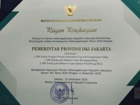 Pemprov DKI Raih Penghargaan Indeks Pembangunan Ketenagakerjaan Tahun 2020