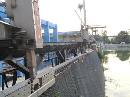 3 Waste Filters at Sunter Selatan Reservoir Broken