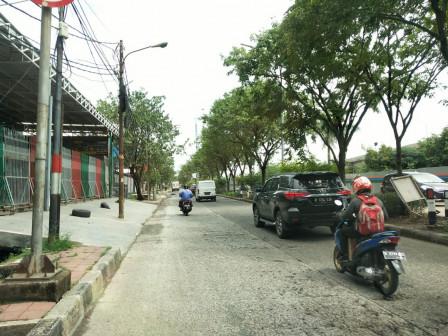 Genangan di Jl Danau Sunter Barat Surut