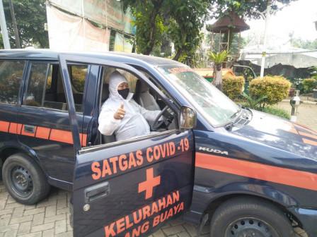Mobil Dinas Lurah Lubang Buaya Dialihfungsikan jadi Ambulans COVID 19