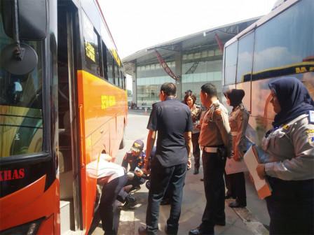 AKAP Buses at Pulogebang Terminal Undergoes Ramp Check