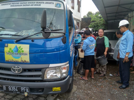Clean Water Sent to Five Flooded Locations