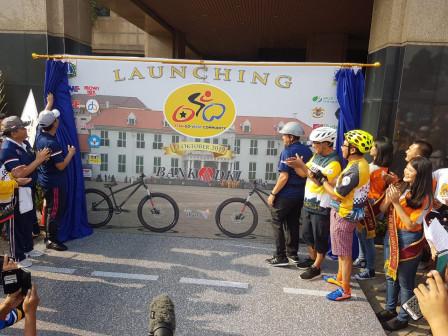 Walikota Jakbar Resmikan Komunitas Sepeda