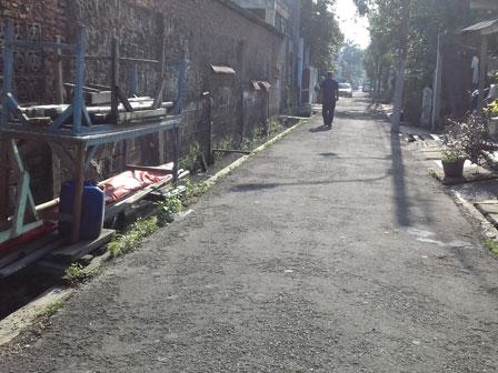 Warga Sempet Barat Minta Jl Kramat Jaya Lorong 4 C Ditinggikan