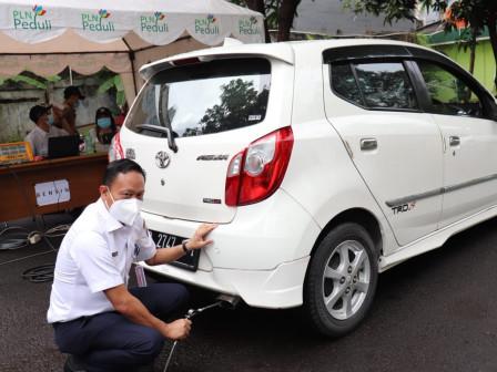 Wakil Walikota Jaksel Tinjau Uji Emisi Kendaraan
