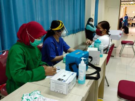 48 Tenaga Fungsional Penyuluh KB Dikerahkan Jadi Vaksinator dan Tenaga Administrasi