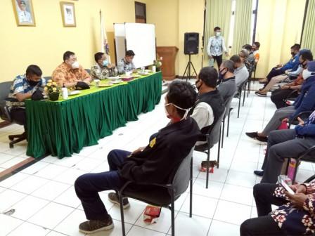 Bupati Serap Aspirasi Warga Pulau Tidung dan Pulau Untung Jawa