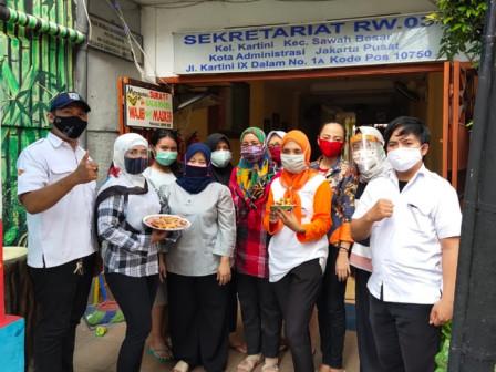 Ribuan Warga Jakarta Ikut Pelatihan Online Pengolahan Makanan Berbasis Tepung Terigu