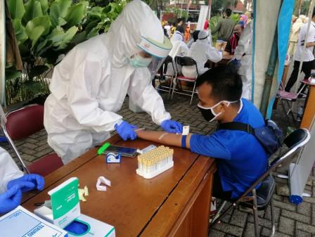 COVID-19 Rapid and Swab Tests Held on Jalan RA Fadillah