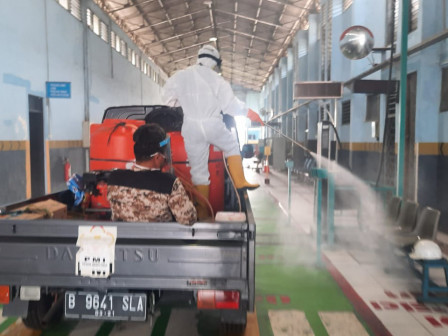 Ujung Menteng UP PKB Disinfected by East Jakarta PMI Today