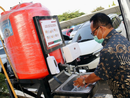 Cipinang Rice Central Market Equipped with Portable Sinks