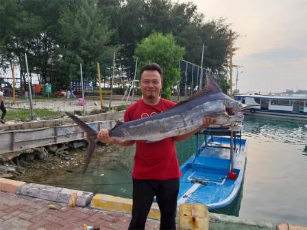 Sebira Island, Popular Among Anglers as a Good Spot for Fishing