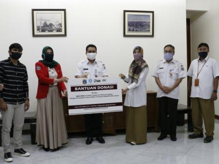 Join KSBB, Pstore Jakarta Donates Water Reservoir Tanks for Hand Washing