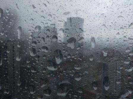 Hujan Ringan Higga Sedang Akan Melanda Ibu Kota di Siang Hingga Malam