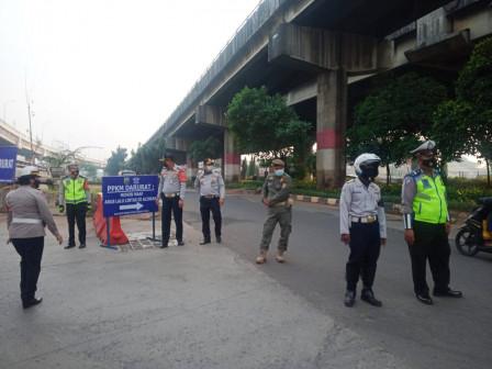 Sudinhub Jaktim Tambah 20 Personrel di Lokasi Penyekatan Baru