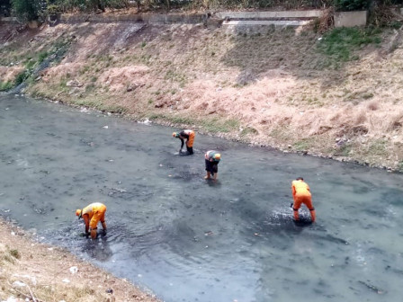 KBT Area in East Jakarta Being Cleaned