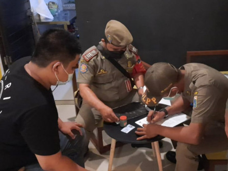 Sanctions Given to Four Cafes in East Jakarta for Violating Micro PPKM