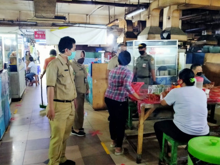 East Jakarta PPKUKM Ensures Health Protocols Implemented in Markets