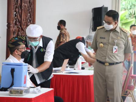 Gerakan Vaksinasi Covid-19 di Jakarta, Gubernur Anies Imbau Tetap Disiplin Protokol Kesehatan Setel