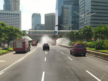 Disinfection Carried Out in Several Main Roads in Central Jakarta