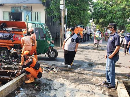 Hadapi Musim Hujan, Kampung Tangguh Bencana dan Tim Siaga Bencana Banjir Dibentuk di Semper Barat