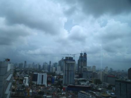 BMKG: Waspada Hujan Petir di Jakarta Selatan dan Jakarta Timur