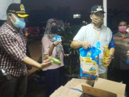Perumda Pasar Jaya Ensures Social Aid for Citizens During PSBB