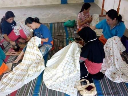 Geliat Komunitas Batik Rusun Pulogebang Lestarikan Batik Tulis