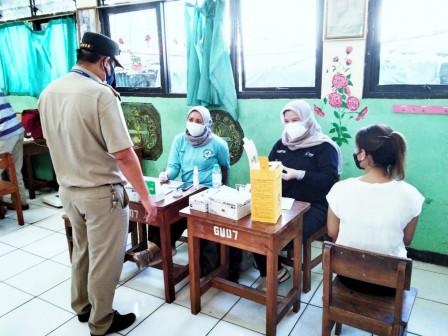 505 Peserta Divaksin di Grogol Utara di Delapan Lokasi Vaksin