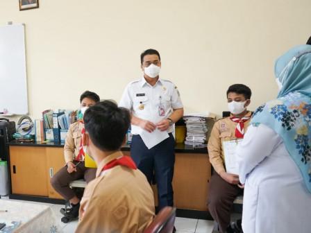 Tinjau SMKN 2 Jakarta, Wagub Ariza Pastikan Uji Coba Pembukaan Sekolah Terbatas Berjalan Baik
