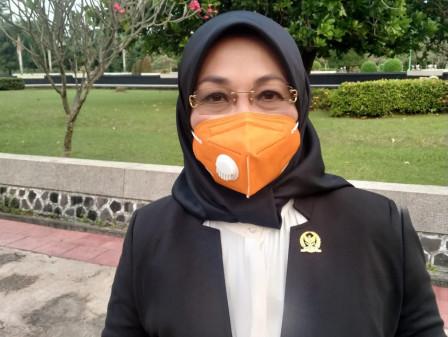 Sylviana Murni: Almarhum Surjadi Soedirdja Sosok yang Religius