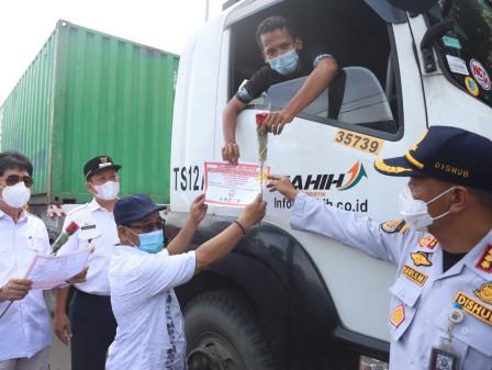 Sosialisasi Uji Coba Penerapan Jadwal Waktu Aktivitas Truk Kontainer Digelar di Jl. Plumpang Semper