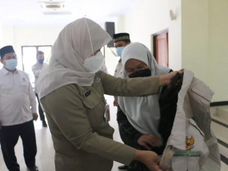 Wali Kota Jaktim Lepas 90 Musrif/Musrifah Pesantren Ceria di Panti Sosial