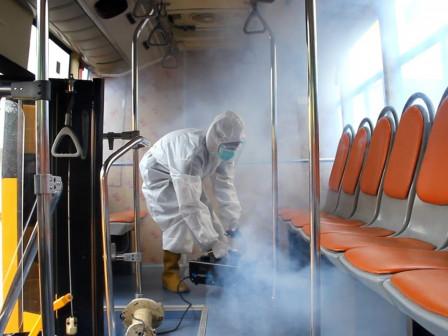 50 Bus Sekolah Disemprot Disinfektan dan Penguapan