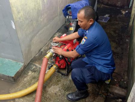 Inundation in Grogol Petamburan and Palmerah Recedes