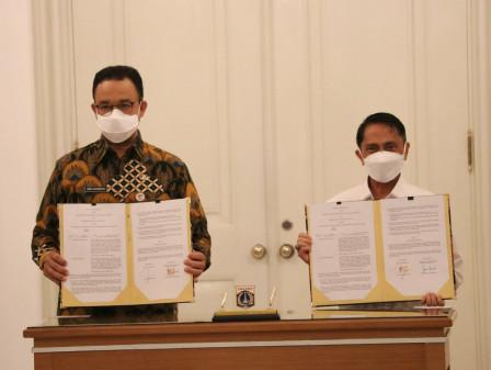 Jalin Kerja Sama Dengan Pemkab Blitar dan Gorontalo, Gubernur Anies Ingin Bantu Percepatan Ekonomi N