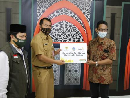 DKI Serahkan Tujuh Hewan Kurban ke Muhammadiyah