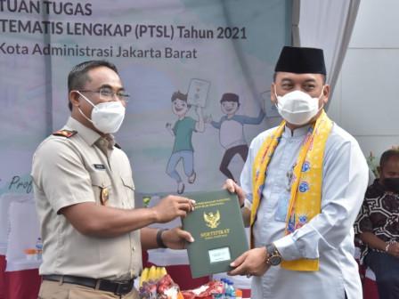 BPN dan Pemkot Jakbar Lantik 60 Satuan Tugas PTSL