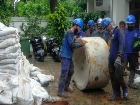Two Infiltration Wells Built in East Jakarta Mayor's Official Residence