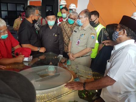 Commission B Holds Work Visit to Jakarta International Stadium