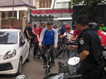 Wali Kota Bersama Jajaran Pemkot Jaksel Gowes Sepeda Tinjau Kawasan Tebet