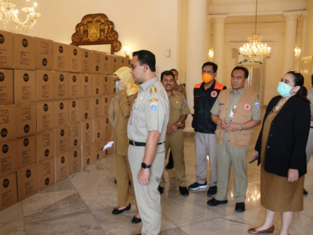 40,000 Coverall Suits Sent to Referral Hospitals and Health Facilities in Jakarta